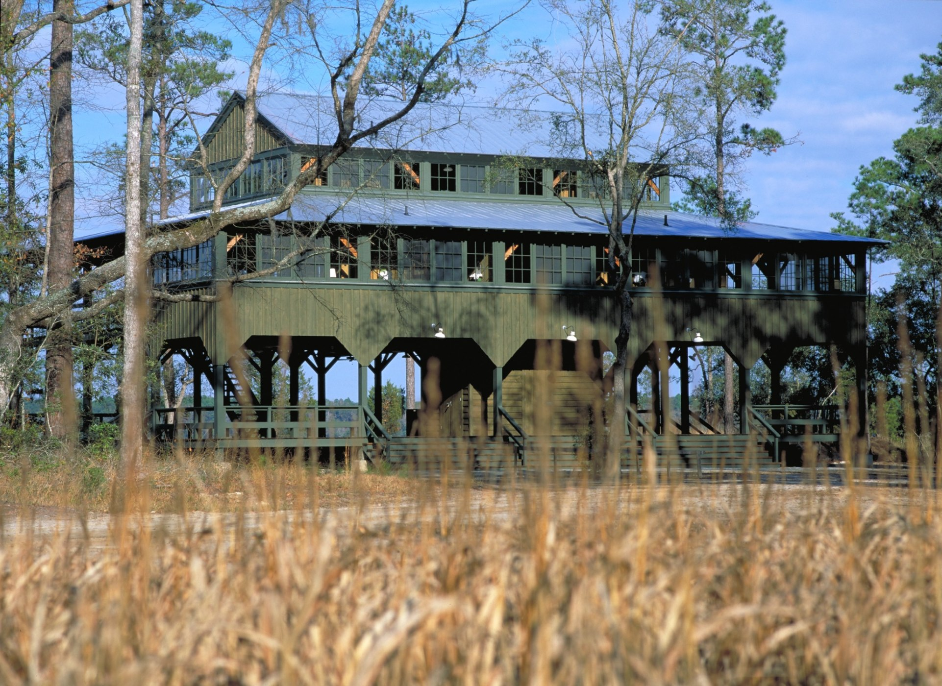 Historical concepts homes farmsteads estates for Southern estates homes