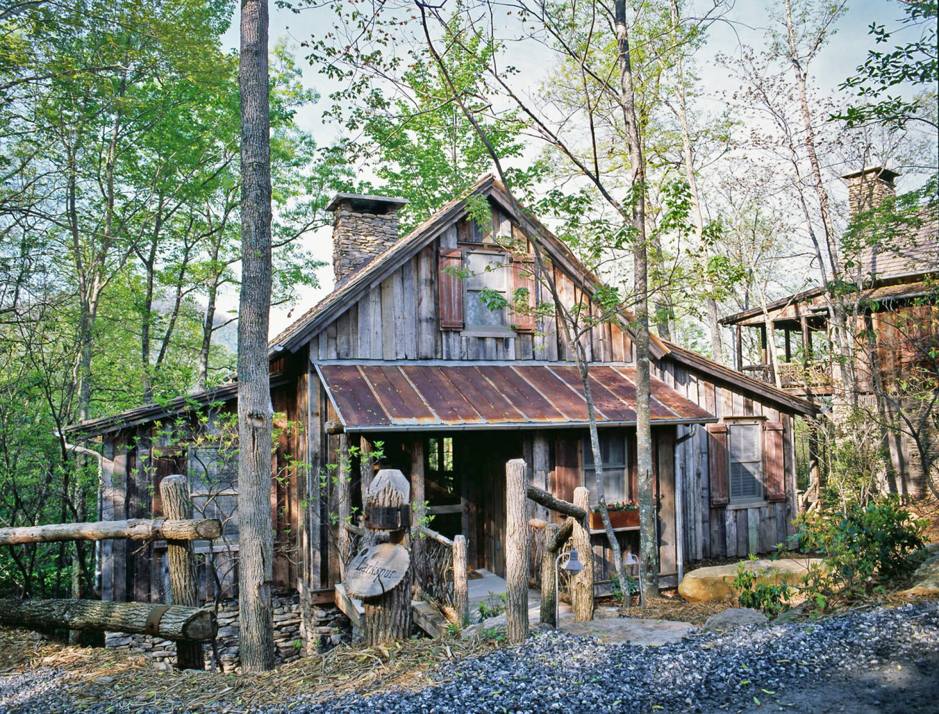 High Quality The Use Of Local Stone, As Well As Weathered Wood And Rusty Metal Roofs  Reclaimed From The Regionu0027s Ertswhile Barns, Cabins, And Farmhouses, Give  These New ...
